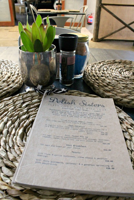 the litchi orchard & delish sisters coffee shop | berrysweetlife.com