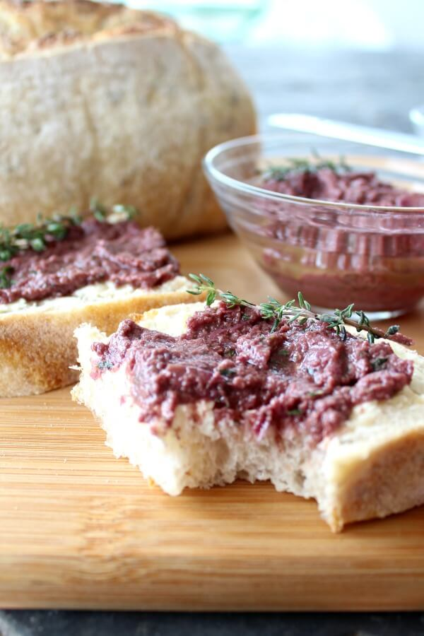 Olive Paste with Thyme & Balsamic Vinegar | www.berrysweetlife.com