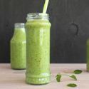 5 Minute Spinach Apple Green Smoothie