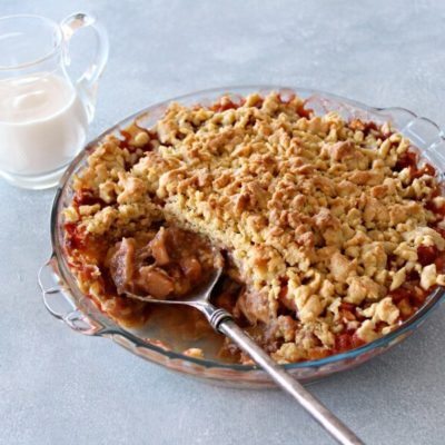 Rhubarb Apple Brown Butter Caramel Crumble
