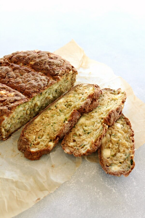Easy Irish bread that is packed with zucchini and has a crunchy crust, only 6 ingredients, this homemade Simple Zucchini Feta Soda Bread is simply heavenly! | berrysweetlife.com