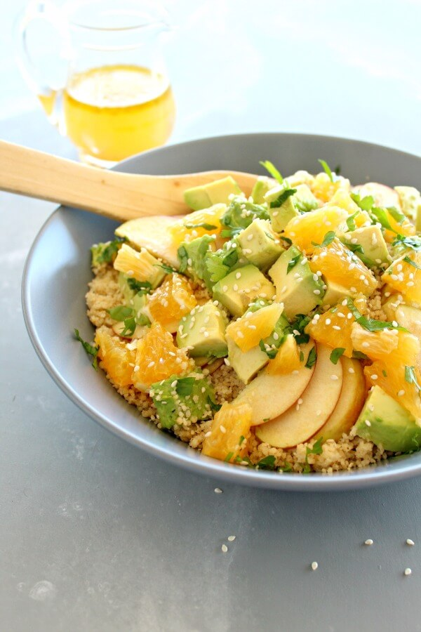 Glorious, easy and healthy Zingy Avocado Citrus Couscous Salad goes amazingly with chicken, fish or tofu. It has a homemade citrus dressing, so fresh! | berrysweetlife.com