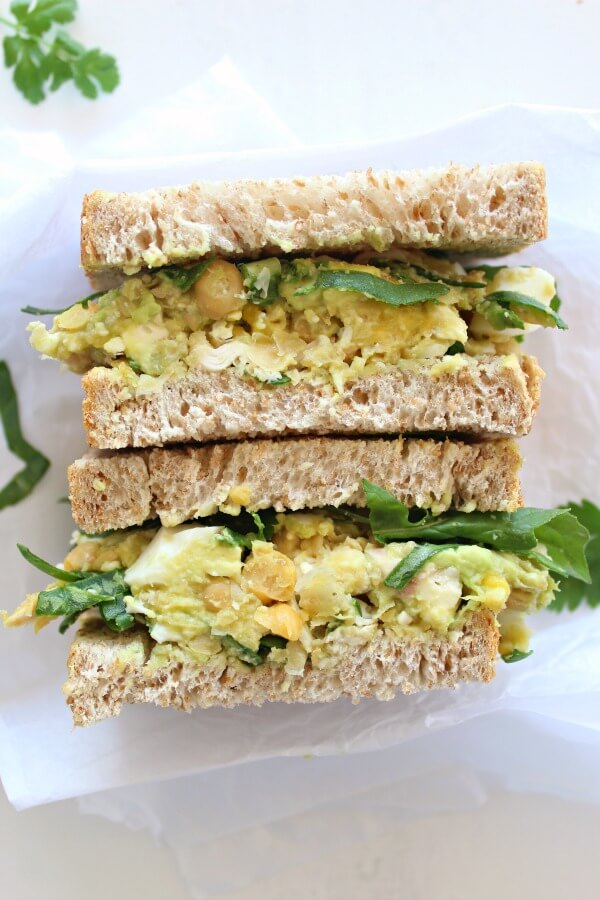 Smashed Chickpea Avocado Chicken Salad. 15 minute CREAMY, tasty and really healthy salad. Eat this in sandwiches, bagels, wraps, on toast etc | berrysweetlife.com