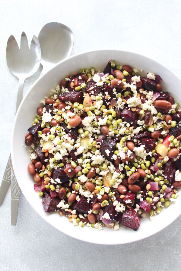 A delightfully colourful and healthy Roasted Beet Potato Salad With Cashew Dressing that is easy to make, sugar free and egg free   berrysweetlife.com