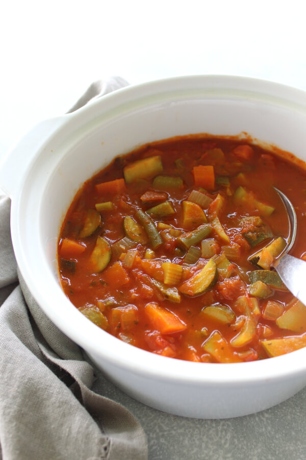 Quick, hearty, healthy, chunky and vegan Wonderful Homemade Vegetable Soup, made with any combination of fresh or frozen veggies and homemade tomato salsa! | berrysweetlife.com