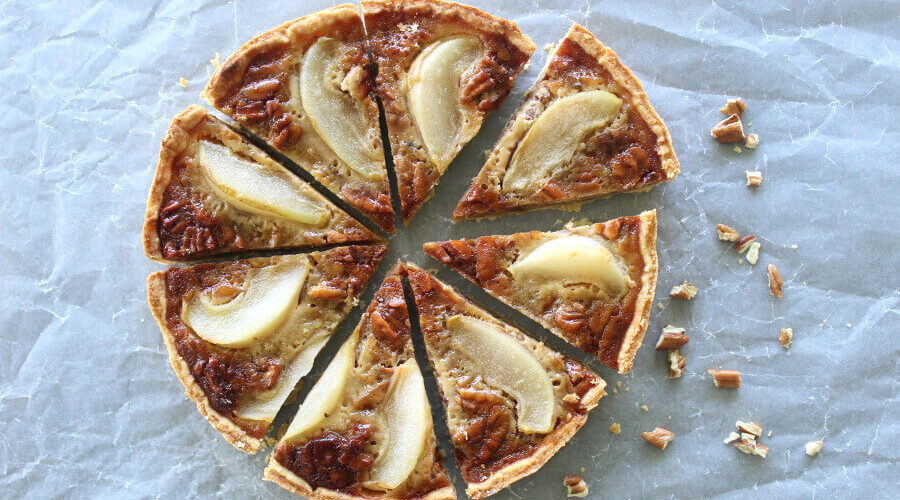 Rich Caramel Pecan Pear Pie