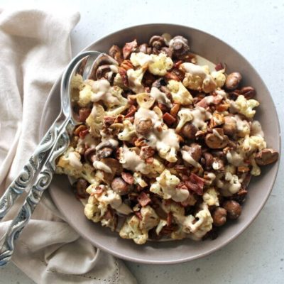 Low carb, easy to make, tasty Roasted Mushroom Cauliflower Bacon Salad with pecans and balsamic dressing, seriously YUM! | berrysweetlife.com