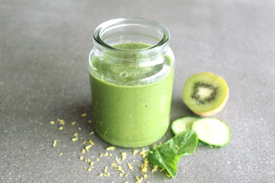 detox smoothie kiwi)